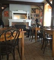 Cafe Molo