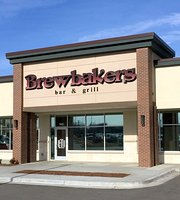 ‪Brewbakers Bar and Grill‬