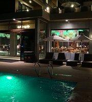 BAYA Resto Lounge