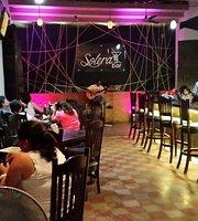 Solera Bar