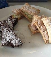 Chocolate & Vanilla Bakery