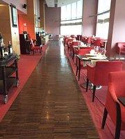 101 Bar & Lounge