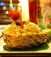 Lemongrass Thai Restaurant – Near Lamcy Plaza
