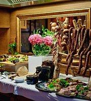 Krasnodwór Restaurant