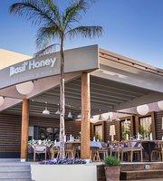 Basil'Honey Restaurant