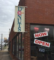 D's Nuts Donuts