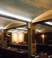 Restaurant Over Middel