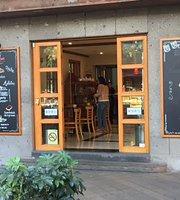 Pastelería/ Cafetería Muguet