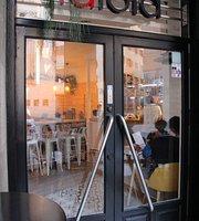 Cafe & Bar lalola