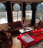 Gaj Karan Haveli (Sun Beam Roof Top Restaurant)