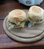 Dickies Burgers & Bar