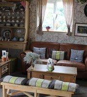 Beehive Coffee Shop @Dutch Barn Nursery