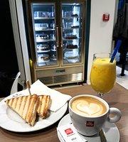 Atrium Coffee and Cakes