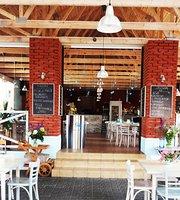 Plaza Klub Restauracja i Lodziarnia Dziwnów