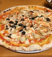 Galleria Restaurant & Pizza