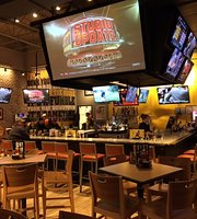 ‪Buffalo Wild Wings Grill & Bar‬
