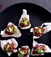 MOMO pan asian kitchen