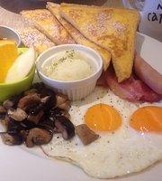 Moi Cafe