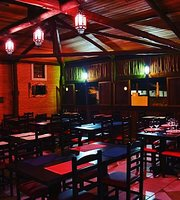 Restaurante e Bistrô Casa de la Sierra