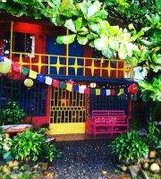 La Ballena Roja Cafe