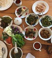 Thu Maung Myanmar Food