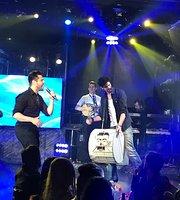 Caramela Live Stage Athens