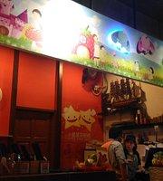 Little Star Cafe