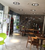 Irracional Cafe