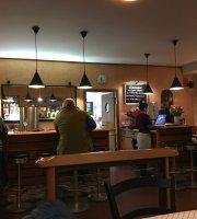 Grunes Haus Restaurant & Bar