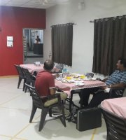 Ridhi Restaurant