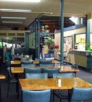 Tiffanys Cafe