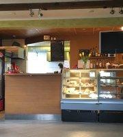 Cafe Riia