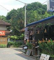 Warung Coconut Bene