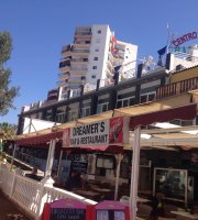 Dreamers Bar