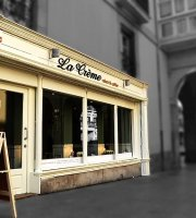 La Creme Cakes & Coffee