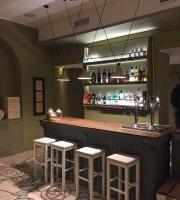Bubi's Bar & Restaurant