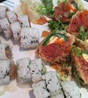 Love Sushi & Roll