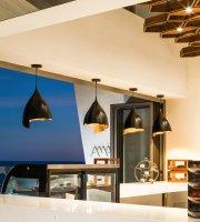 Amat Cafe