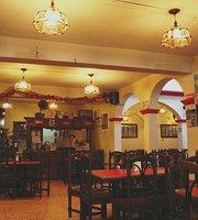 Carmelita Restaurant & Galeria
