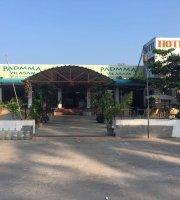 Hotel Sri Padma Vilas Restaurant