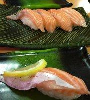 Kaiten Sushi Wakatakemaru Minami Nagasaki