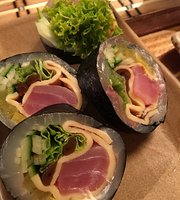 W S H O K U - Sushi - Ramen Bar