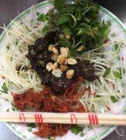 Che Thai Ba Lien