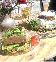 Neroli Healthfood Store & Diner