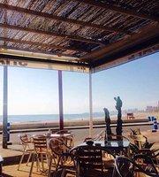 Shark Cafe