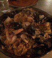 Bota Tapas & Paella Bar