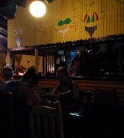 Bikini Restaurant, Bar & Hostel