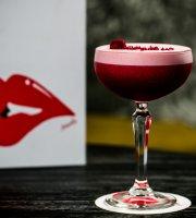 Reds Bar