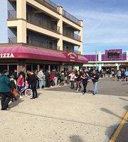 Sam's Pizza Palace