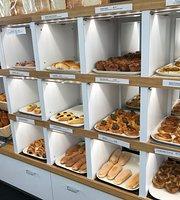 Oyatsupan Bakers